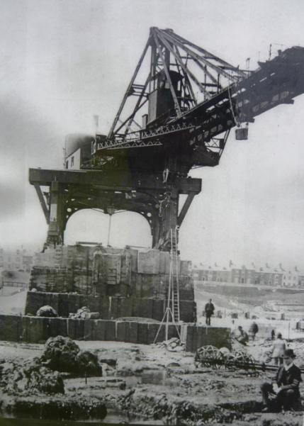 Radial Crane 4