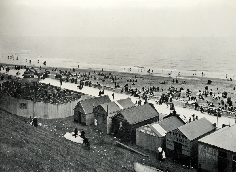 Lower Promenade and Sands Roker